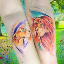 Kolorowy tatuaż akwarela watercolor lew tygrysa