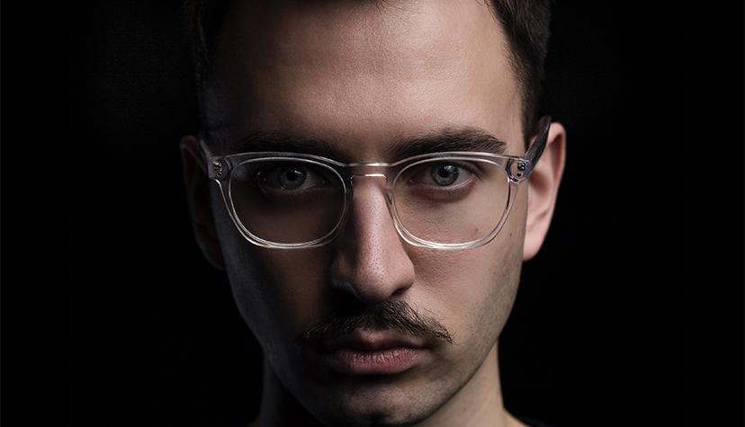 Tatuażysta Olek Aleksander Babiński Babinicz z miasta Łódź ze studio tatuażu 187ink Tattoo.