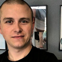 Tatuażysta Robert Mielczarek Bobson Tattoo z miasta Częstochowa ze studio tatuażu Bocian Tattoo.