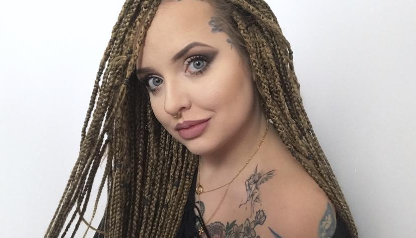 Tatuażysta Kalina Piotrowska zmiasta Warszawa zestudio tatuażu BlackStar Tattoo
