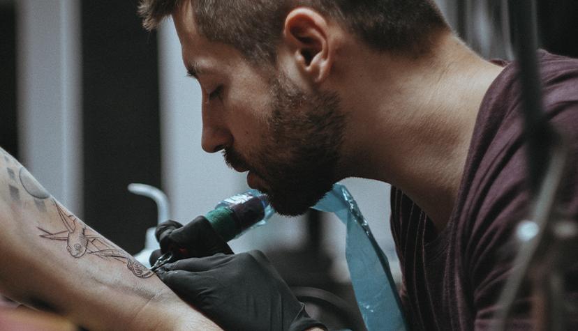 Tatuażysta Michał Hary Tattoo zmiasta Kraków zestudio tatuażu Kult Tattoo Fest