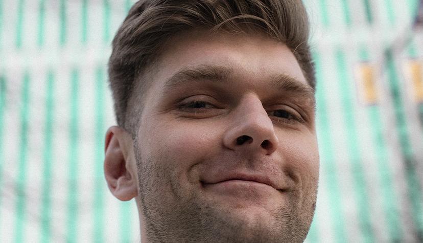 Tatuażysta Mateusz Janek Jankowski zmiasta Łódź zestudio tatuażu Pracownia Art Kolektyw