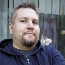 Tatuażysta Michał Justyński Dante z miasta Łódź ze studio tatuażu Inne Tattoo
