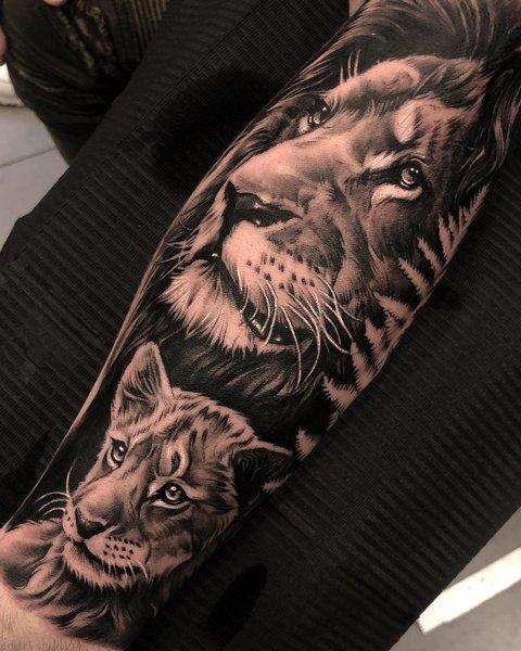 Tatuaż lew ilwica naprzedramieniu nazewnętrznej stronie znaczenie dla mężczyzn ikobiet