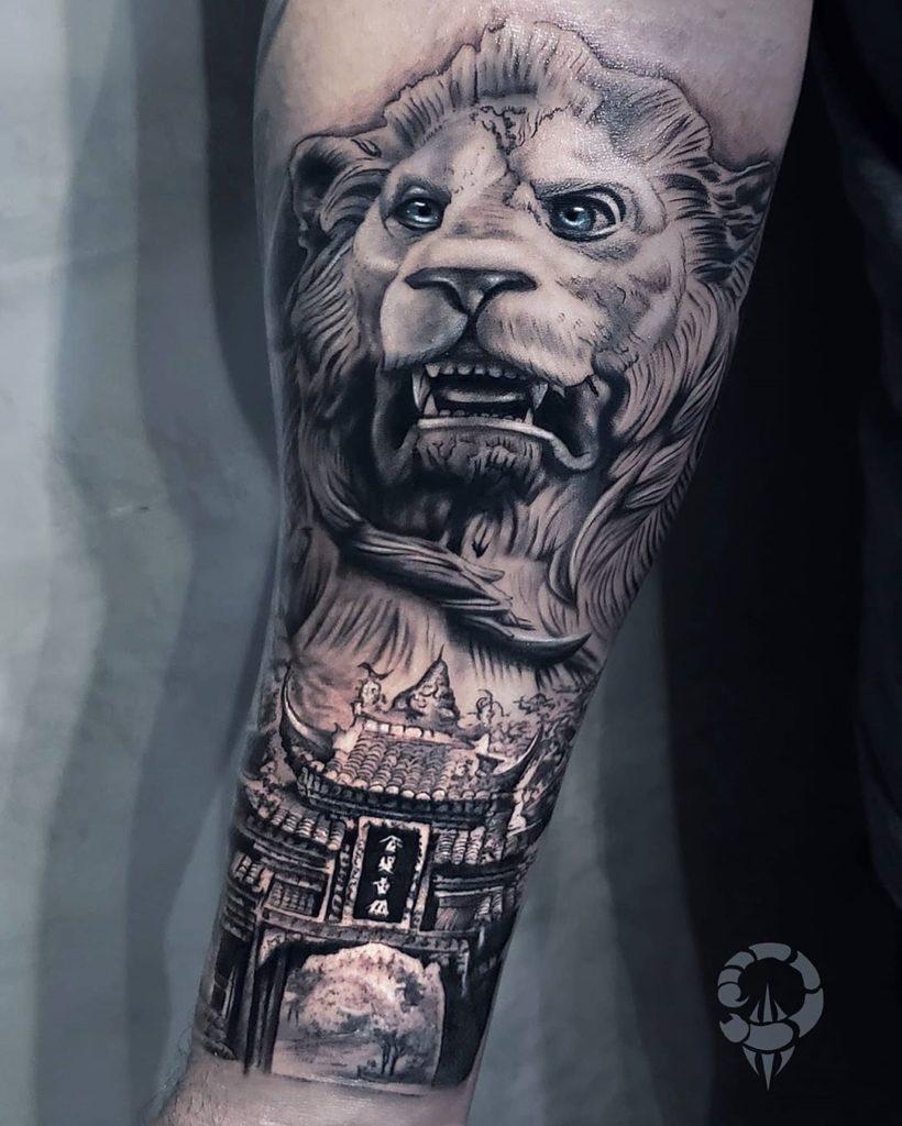 Tatuaż zły lew zjapońską bramą znaczenie dla mężczyzn ikobiet